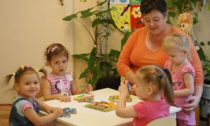 Зарплата воспитателей в детском саду в 2020 году: повышение и изменения