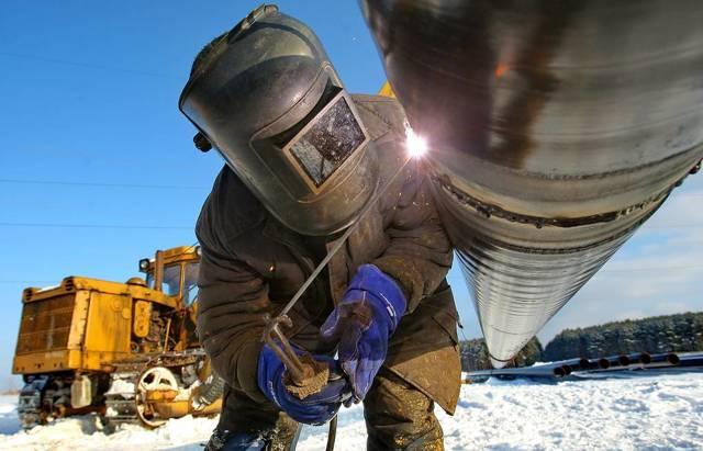 Работа в Арктике вахтовым методом в 2020 году: доступные вакансии и уровенб зарплат