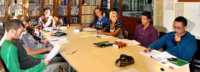 Образование в Испании в 2020 году: школы, высшее образование, обучение для русских
