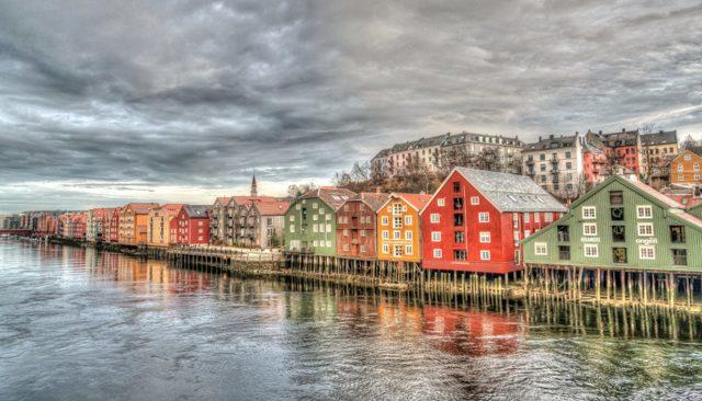 Нужна ли виза в Норвегию для россиян: шенген или нет?