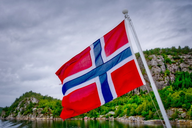 Работа в Норвегии для русских в 2020 году: как оформить визу и трудоустроиться трудовая миграция востребованнные специальности стоимость жизни альтернативы