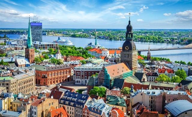 Пересечение границы с Латвией в 2020 году: пункты пропуска и перехода между странами, советы как пересечь на машине и какие документы необходимы для прохождения таможни