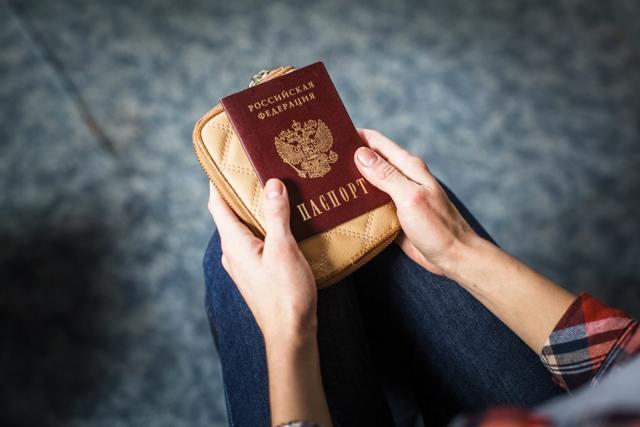 Куда можно поехать без загранпаспорта россиянам?