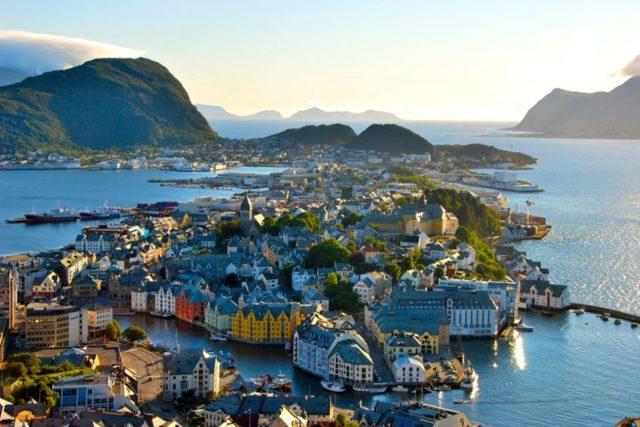 Как получить ВНЖ (вид на жительство) в Норвегии в 2020 году, как переехать из России или соседних стран на ПМЖ