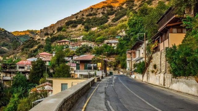 Работа на Кипре в 2020 году: успешное трудоустройство и другие особенности