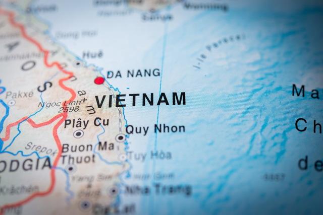 Работа во Вьетнаме в 2020 году: средняя зарплата, востребованные профессии, процесс трудоустройства