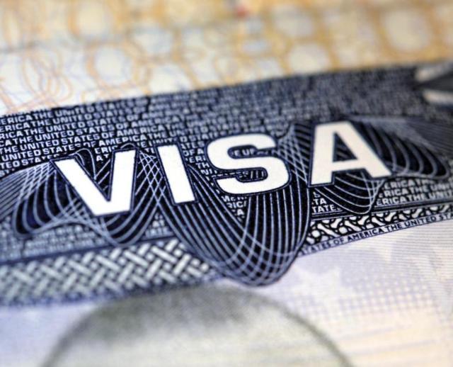 Рабочая виза в Чехию для россиян в 2020 году: как получить, оформление, сколько стоит