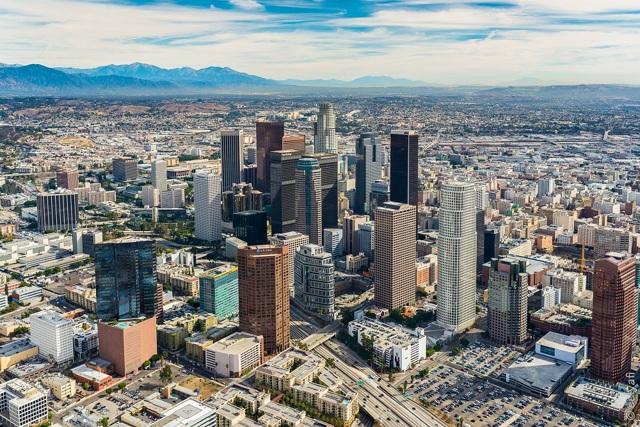 Работа в Лос-Анджелесе для русских в 2020 году: какие есть вакансии, размер зарплат и как устроиться