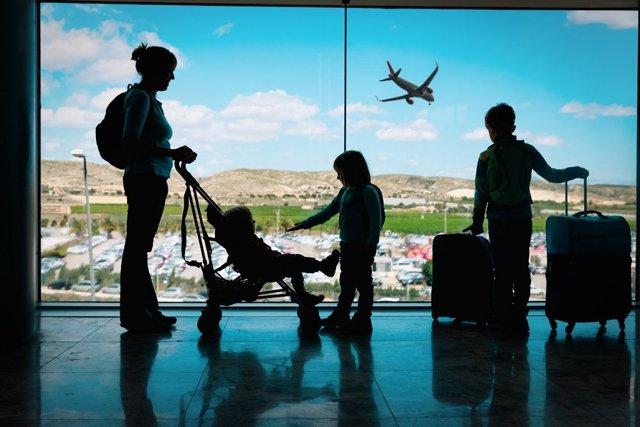 Правила выезда за границу граждан РФ в 2020 году