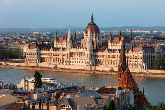 Гражданство Венгрии для россиян в 2020 году: как получить, иммиграция, переезд на ПМЖ